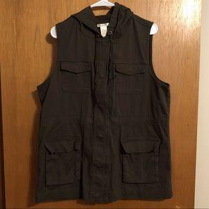 Matty M Women's Large Vest